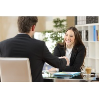 negotiation_man_and_woman_629551222